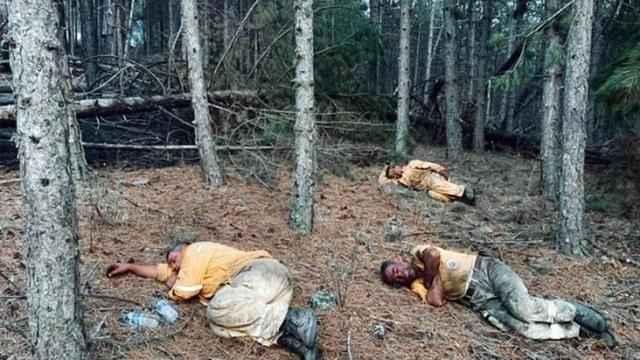 Orman işçileri yangını söndürdükleri bölgede uyuyakaldı!