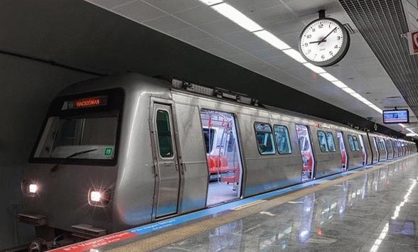 İstanbul'da metro seferleri gece 02.00'ye kadar uzatıldı!