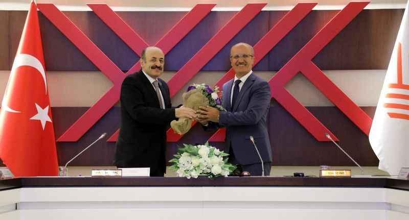 Yeni YÖK Başkanı Erol Özvar'dan ilk açıklama
