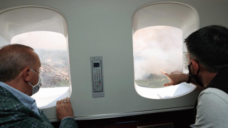 Cumhurbaşkanı Erdoğan, Manavgat'ta yangın bölgesini 'havadan' inceledi