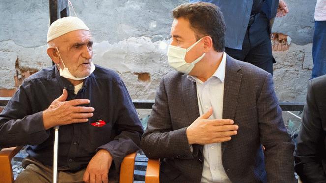 Babacan'dan Dedeoğlu ailesini ziyaret: Adaletin takipçisi olacağız