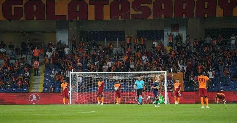 Galatasaray'ın UEFA listesi açıklandı