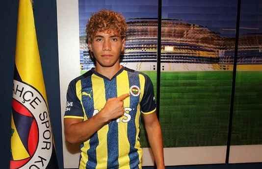 Fenerbahçe'den Çağtay Kurukalıp'a hoş geldin paylaşımı