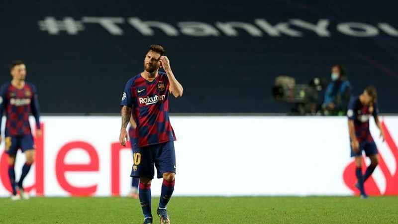 Bir devir sona erdi: Messi Barcelona'dan ayrıldı