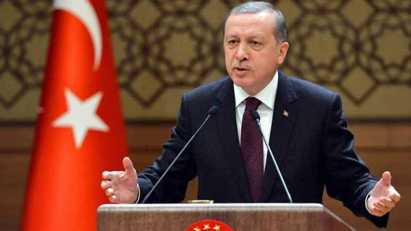 Erdoğan'ın dolar sözlerine tepki: 'Yazın bir kenara bekleyin' dedi...