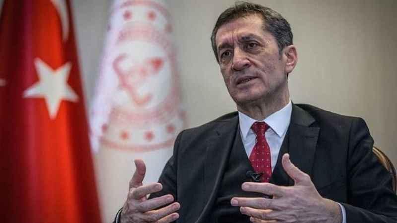 Sözcü yazarı Zeyrek, Milli Eğitim Bakanı Selçuk'un istifasını yazdı!