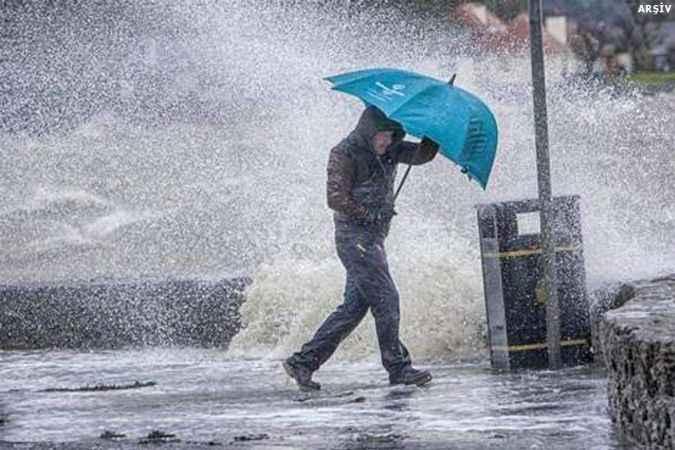 Meteoroloji'den sağanak yağış uyarısı: O illere dikkat