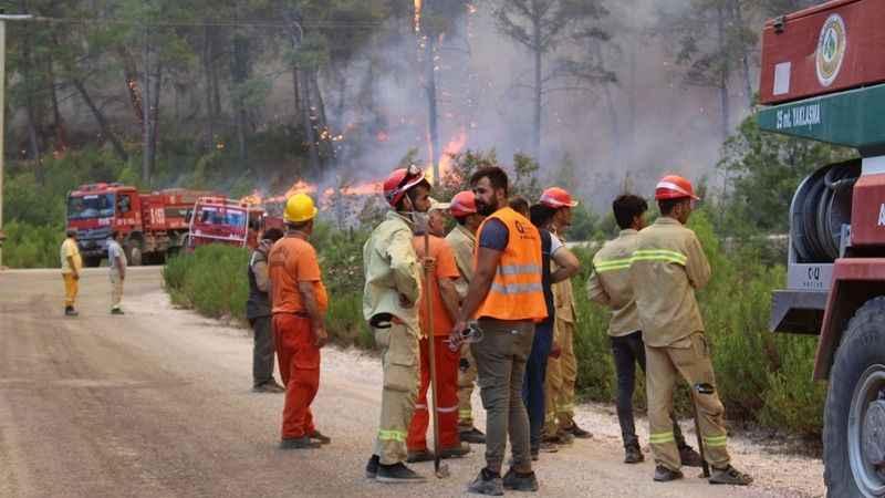 Ateş savaşçıları 12 ay iş garantisi istiyor!