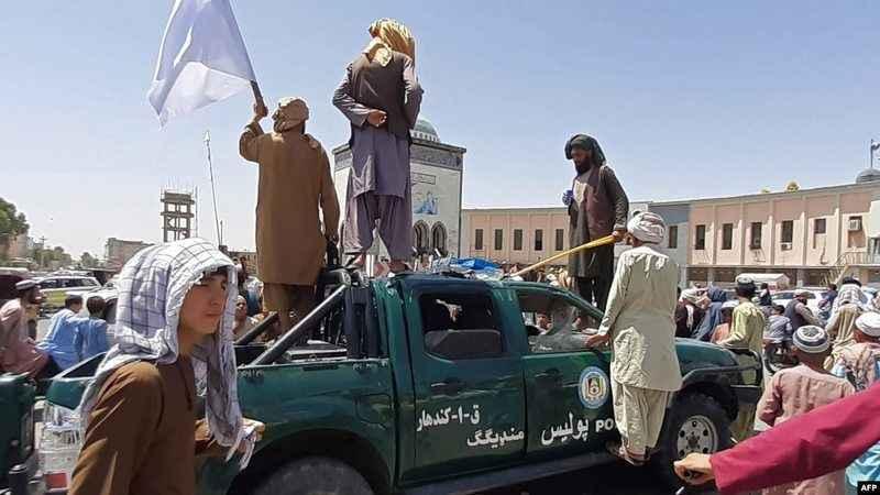 Taliban akın akın ilerliyor! Vilayet sayısı 18'e yükseldi