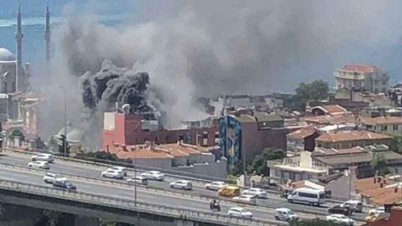 Son dakika: Ortaköy'de yangın çıktı