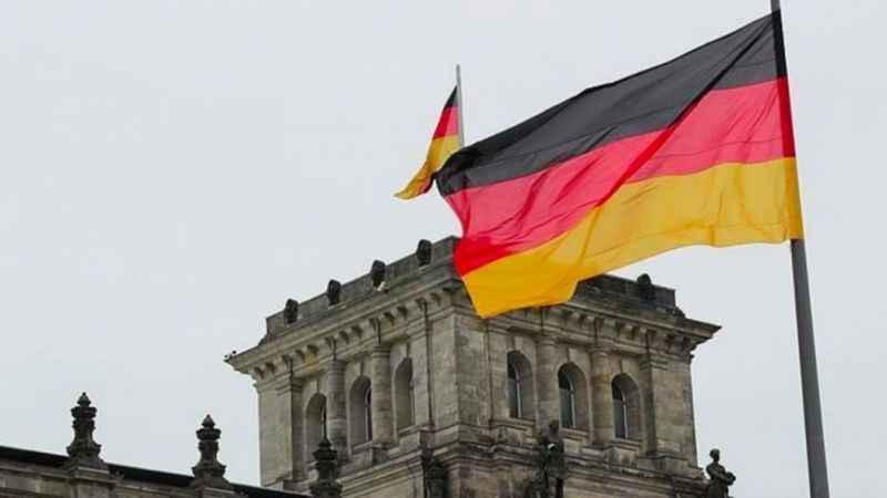 Almanya Kabil Büyükelçiliğini kapattı!