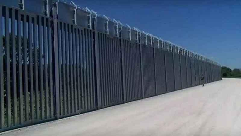 Yunanistan insanlıktan çıktı! Türk sınırına çelikten duvar ördüler
