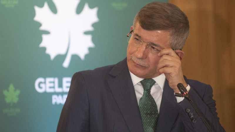 Gelecek Partisi'nde istifa yağmuru! Davutoğlu'na şok üstüne şok
