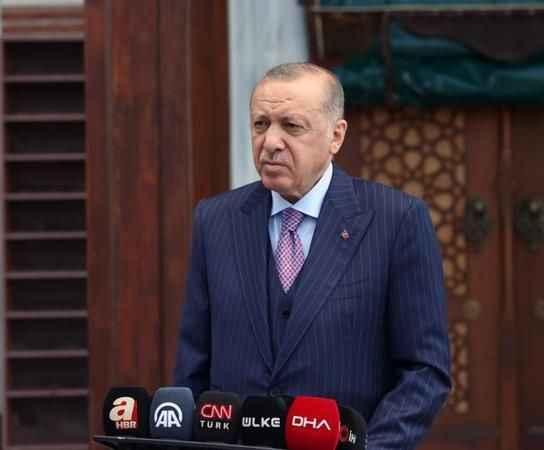 Erdoğan: Türkiye'de şu an 300 bin Afganistanlı göçmen var