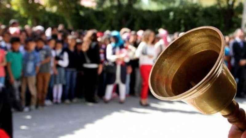 Okullarda yüz yüze eğitim kaç gün olacak? AKP Sözcüsü Çelik açıkladı