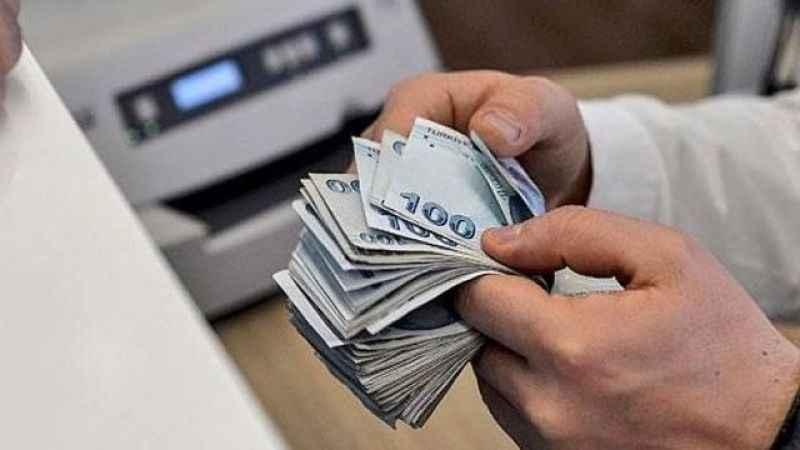Vatandaş borçla yaşıyor! Bankalara günde 13 lira borçlanıyoruz