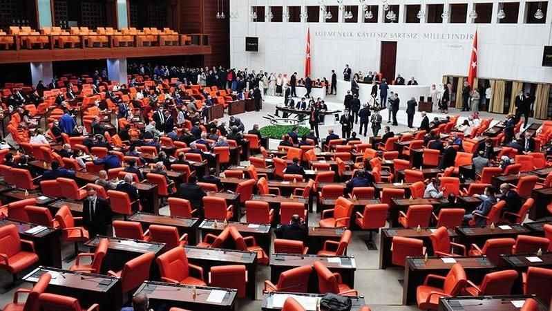İncelendi! AKP'li vekillerin %97.5'i hiç soru önergesi vermemiş