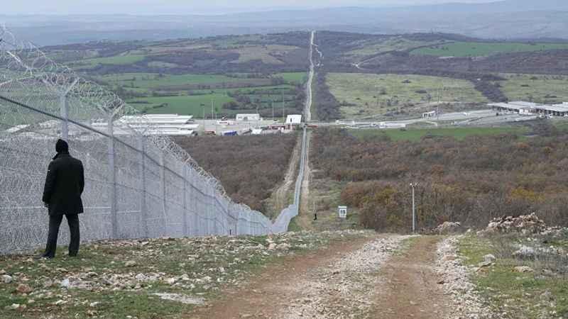 Bulgaristan'dan göçmen karşıtı hamle! Türkiye sınırına asker yığıyor!