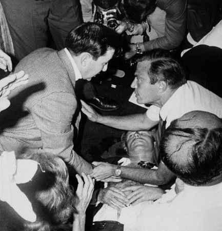 Kennedy'nin katiline af çıktı!