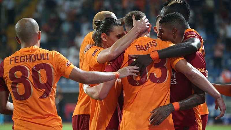 Galatasaray'da ilk 11 belli oldu.