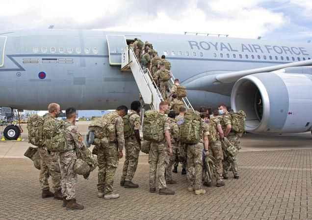 İşgalde 20 yıl sonra bir ilk! İngiltere Afganistan'dan ayrıldı