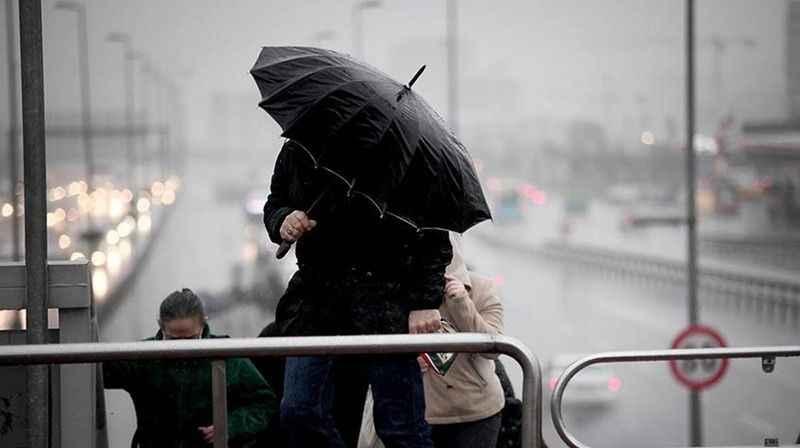 Hava durumu: Kavurucu sıcaklar bunaltırken İstanbul'a yağmur geliyor