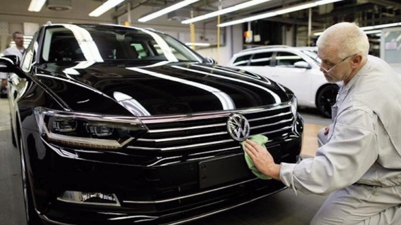 Volkswagen'den Passat ve Tiguan ile ilgili bomba karar!