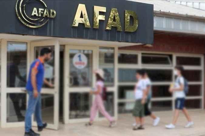 AK Parti yönetimi ve kabineden AFAD'a yardım!