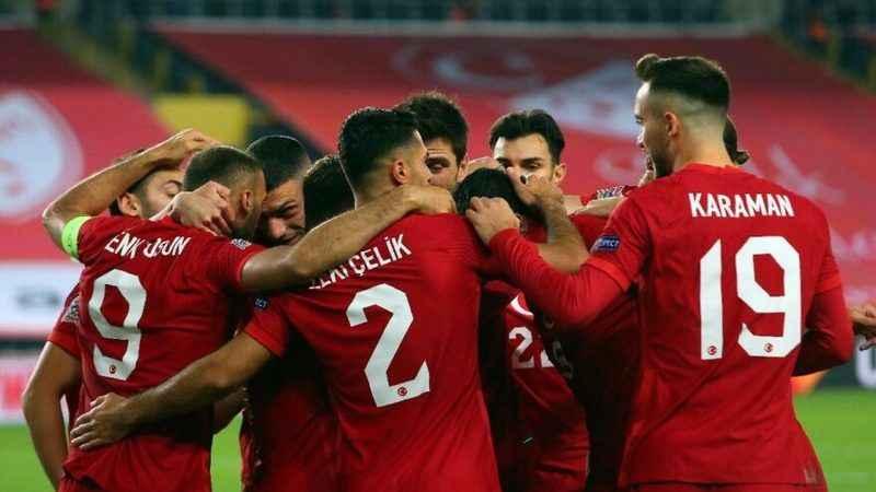 Hollanda - Türkiye maçının hakemi belli oldu