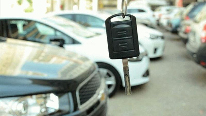İkinci el araba fiyatları yükseldi mi? Otomobil alacaklara tarih verdi