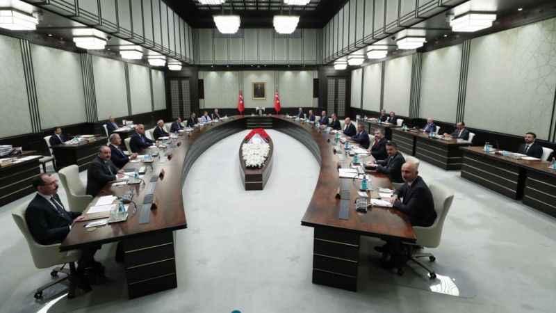 Kabine revizyonu: Gidecek bakanlar, gelecek bakanlar konuşuluyor!