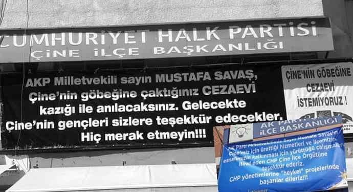 AKP ile CHP'nin pankart savaşı! Cezaevini kalkınma olarak gördüler