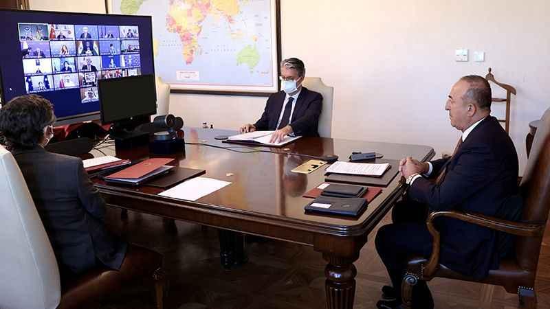 Çavuşoğlu'nden iki ülkeyle Afganistan görüşmesi