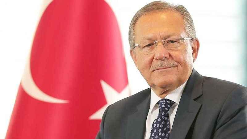 Eski AK Partili Belediye Başkanı Ahmet Edip Uğur hayatını kaybetti