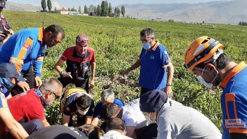 Aksaray'dan uçup Niğde'de patates tarlasına düştü!