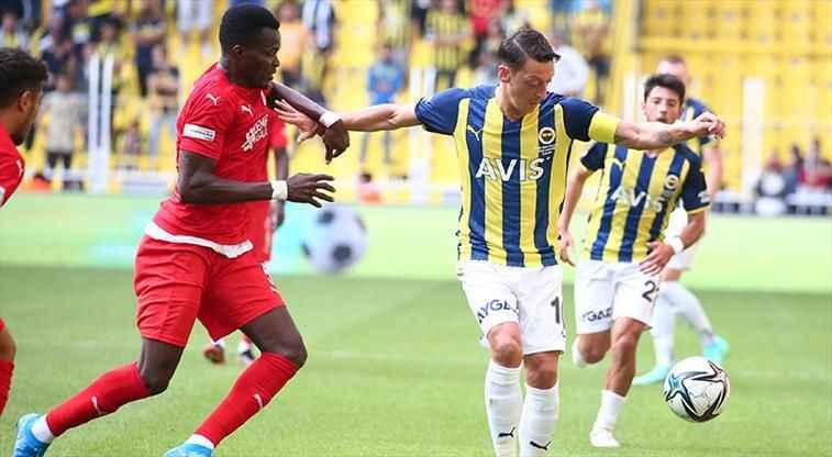 Sivasspor Fenerbahçe'ye geçit vermedi!