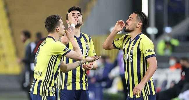 Fenerbahçe'de krizin eşiğinde dönülen olay...