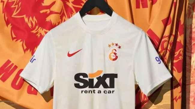 Galatasaray'ın alternatif forması belli oldu