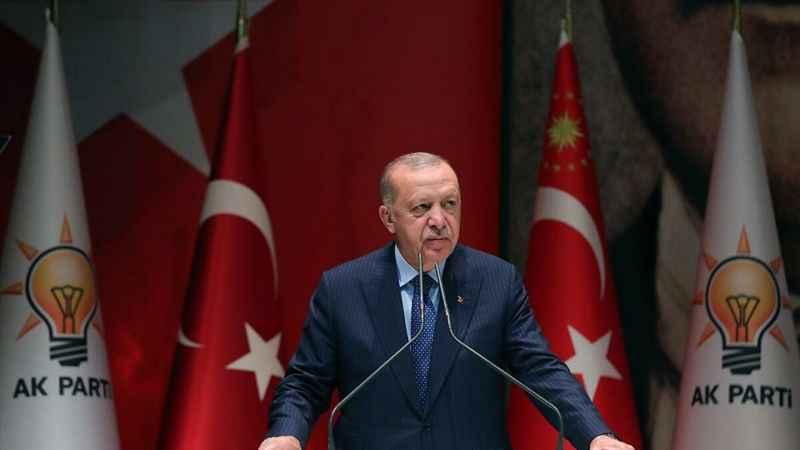 Taşgetiren'ın Erdoğan tepki: Ah liderleri büyüleyen şu pembe gözlükler