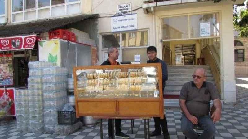 Simit satar gibi altın satıyor! Türünün son örneği