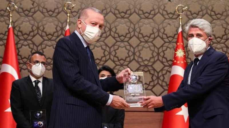 Cumhurbaşkanı Erdoğan'dan Milli Gazete'ye özel ödül!