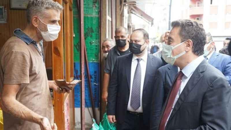 Ali Babacan ile bir vatandaşın arasında 1 dolar 1.250 TL'ydi diyaloğu