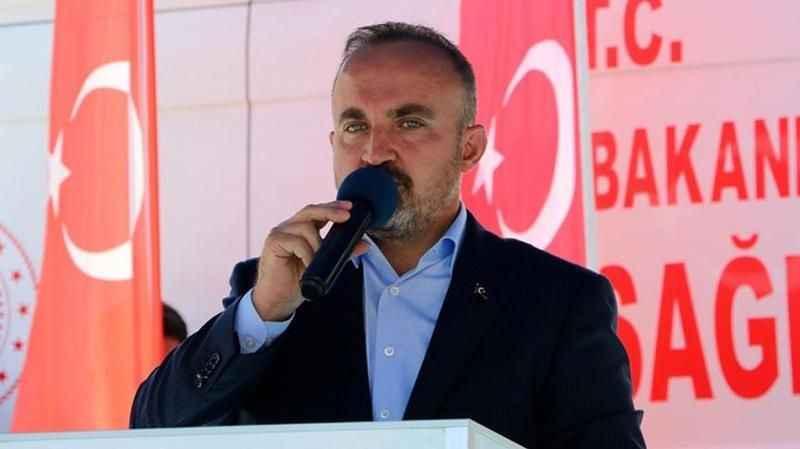 AKP'li Bülent Turan: Bu ülkeye artistlik yapmayalım