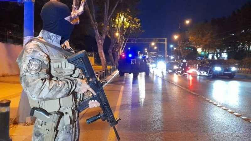 İstanbul'da 'huzur' denetimi! Araçlar didik didik arandı