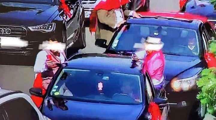 Fransa'da düğün konvoyu oluşturan Türklere ceza yağdı