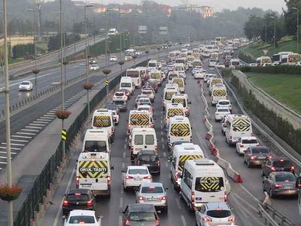 Trafikte geçen süre mesaiden sayılır mı?