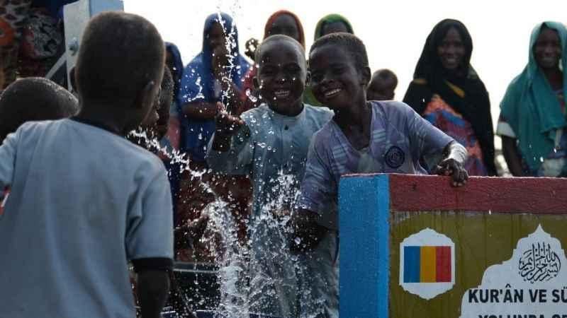İHH'nın10 bininci su kuyusu Mali'de açıldı