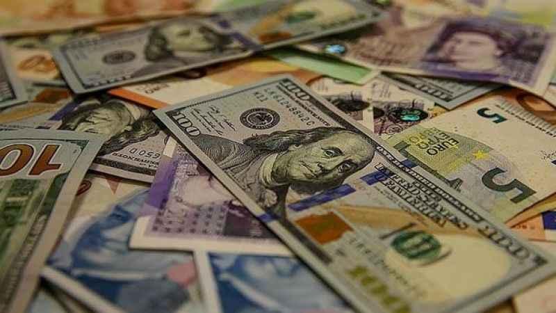 Ekonomist Zelyurt'tan korkutan dolar tahmini! 10.20'ye çıkacak...