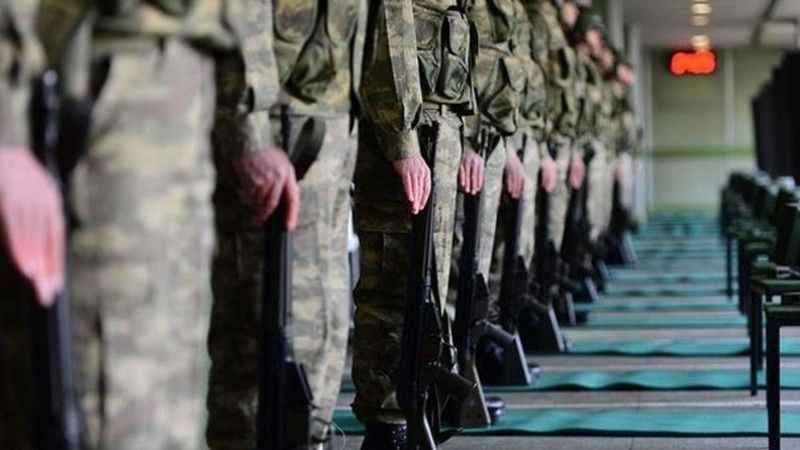 İzmir'de korkutan gelişme! 20 asker revire kaldırıldı