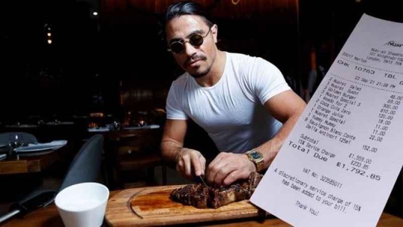 Nusret fiyatları dudak uçuklattı; ünlü isim burger fiyatına isyan etti
